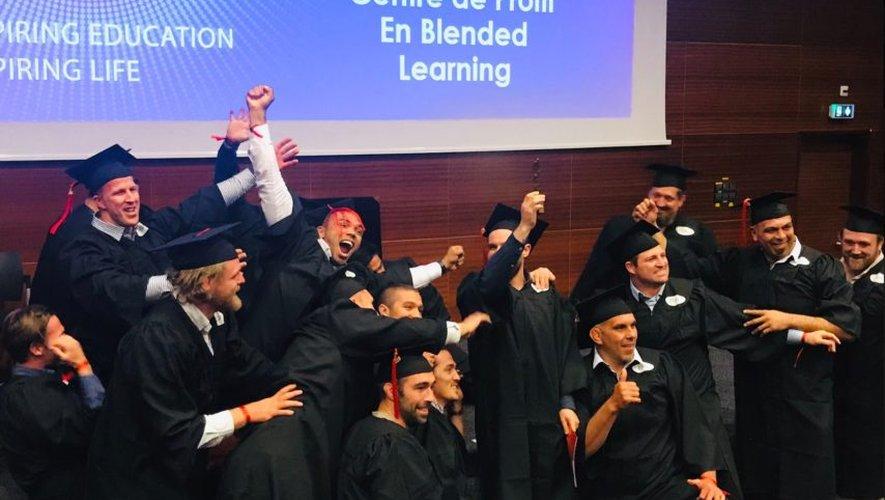 """Au sein de la Toulouse Business School en partenariat ave Provale, les rugbymen professionnels peuvent suivre des études de management et obtenir leur diplôme de """"Manager de Business Unit"""""""