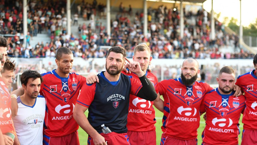 Jonathan Best of Beziers with team-mates during the friendly match AS Beziers Herault and Stade Toulousain at Stade de Sauclieres on August 13, 2019 in Beziers, France. (Photo by Alexpress/Icon Sport)