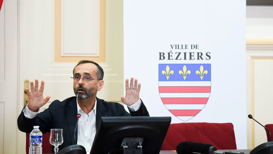 Robert MENARD mayor of Beziers  during a press conference of Beziers on June 24, 2020 in Beziers, France. (Photo by Alexandre Dimou/Icon Sport) - Robert MENARD - Béziers (France)