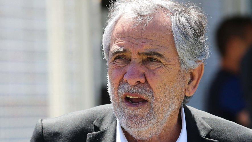 L'ancien président du Stade toulousain, René Bouscatel a fait son entrée dans le jeu mais le camp de Christophe Dominici assure continuer le combat.