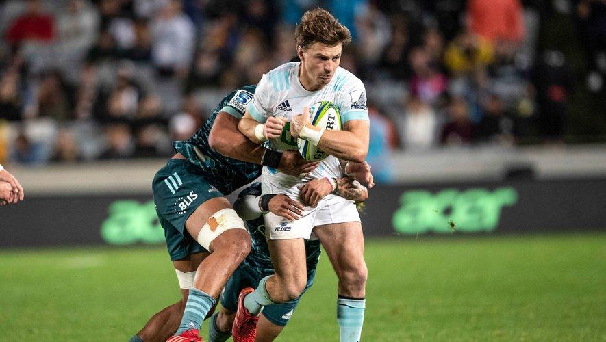 Beauden Barrett (Auckland Blues) opte finalement pour le Japon