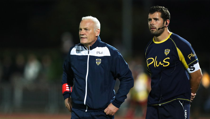 Xavier Péméja accompagné de son entraîneur assistant Sébastien Fouassier