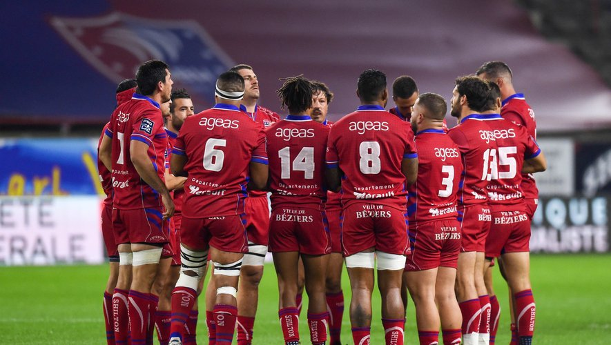 Team of Beziers  during the Pro D2 match between Beziers and Colomiers on November 1, 2019 in Beziers, France. (Photo by Alexandre Dimou/Icon Sport) - --- - Stade de la Mediterranee - Béziers (France)