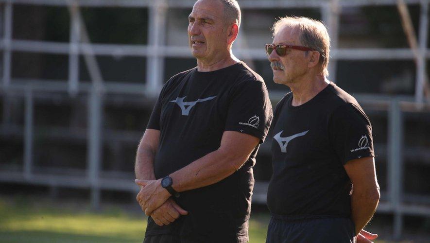 Jacques Brunel, à droite, aux côtés de Roberto Manghi, le manager de Valorugby Emilia. Les deux hommes se connaissent depuis plusieurs années et l'amitié qui les lie a convaincu l'ancien sélectionneur français de prêter main-forte au club italien.