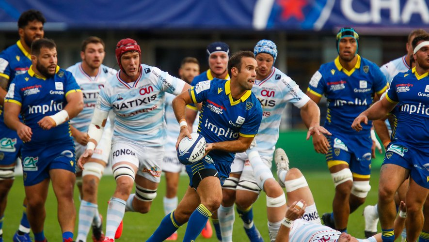 Morgan PARRA of Clermont during the Quarter-Final Champions Cup match between Clermont and Racing92 at Stade Marcel Michelin on September 19, 2020 in Clermont-Ferrand, France. (Photo by Romain Biard/Icon Sport) - Stade Marcel Michelin - Clermont Ferrand (France)