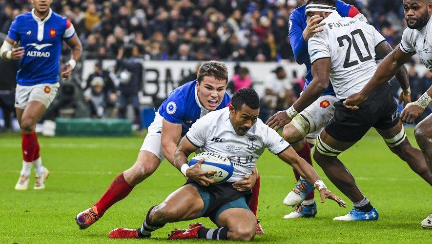 Antoine Dupont (France) contre les Fidji