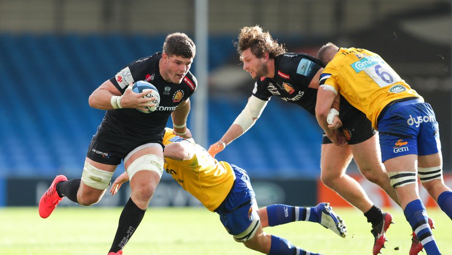 Exeter Chiefs' Dave Ewers (left) is tackled by Bath's Sam Underhill during the Gallagher Premiership semi final match at Sandy Park, Exeter.  By Icon Sport - Sandy Park - Exeter (Angleterre)