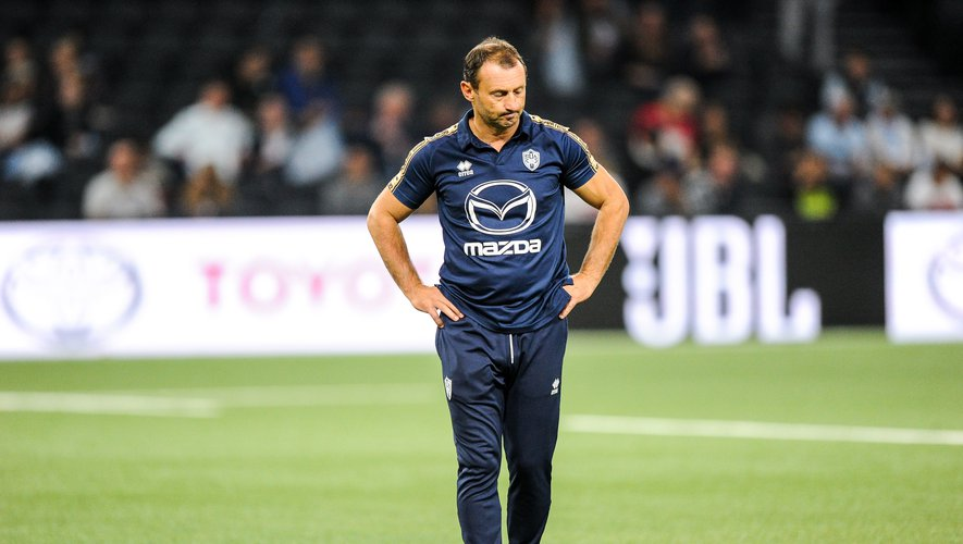 Christophe LAUSSUCQ head coach of Agen during the Top 14 match between Racing 92 and Agen at Paris La Defense Arena on October 12, 2019 in Nanterre, France. (Photo by Sandra Ruhaut/Icon Sport) - Christophe LAUSSUCQ - Paris La Defense Arena - Paris (France)