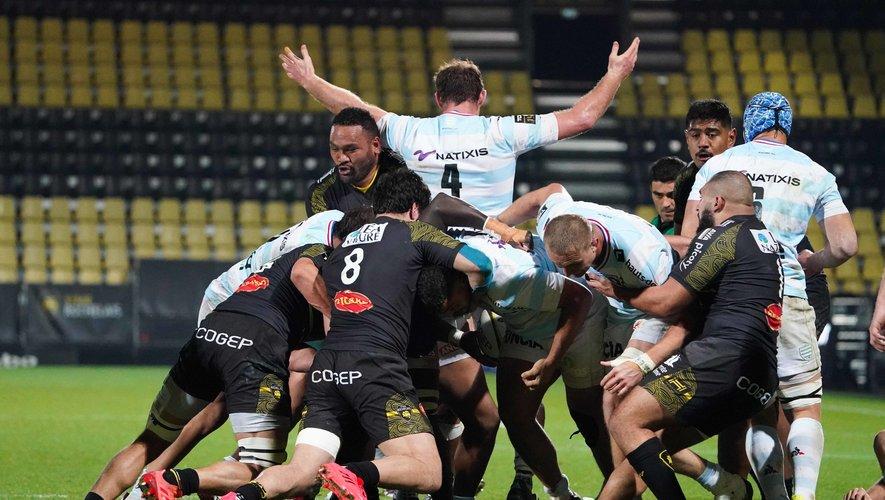 Les Rochelais, à l'image de Uini Atonio, excellent dans la défense des ballons portés. Photo Icon Sport