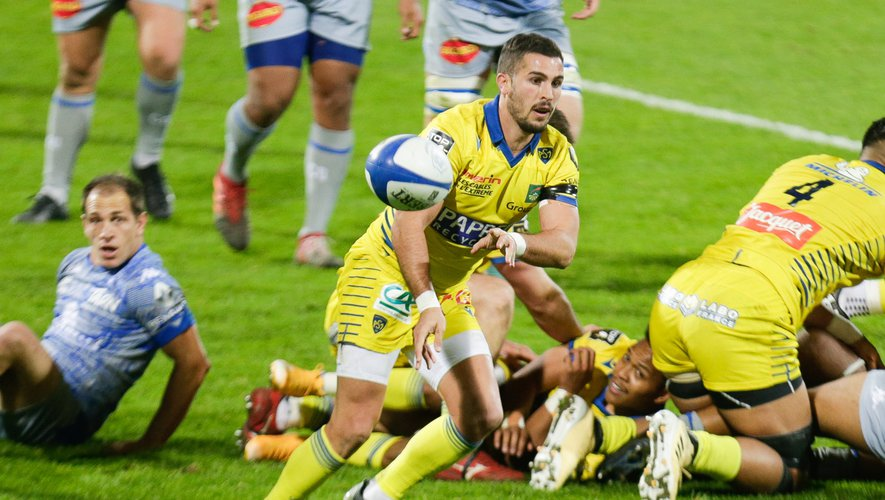 Sebastien BEZY of Clermont during the Top 14 match between Castres and Clermont at Stade Pierre-Fabre on November 27, 2020 in Castres, France. (Photo by Laurent Frezouls/Icon Sport) - Sebastien BEZY - Stade Pierre Fabre - Castres (France)