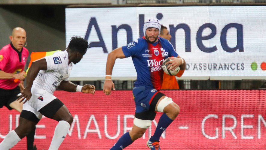 Steeve BLANC MAPPAZ of Grenoble and Dug CODJO of Oyonnax during the Pro D2 match between Grenoble and Oyonnax at Stade des Alpes on December 19, 2019 in Grenoble, France. (Photo by Romain Biard/Icon Sport) - Steeve BLANC MAPPAZ - Dug CODJO - Stade des Alpes - Grenoble (France)