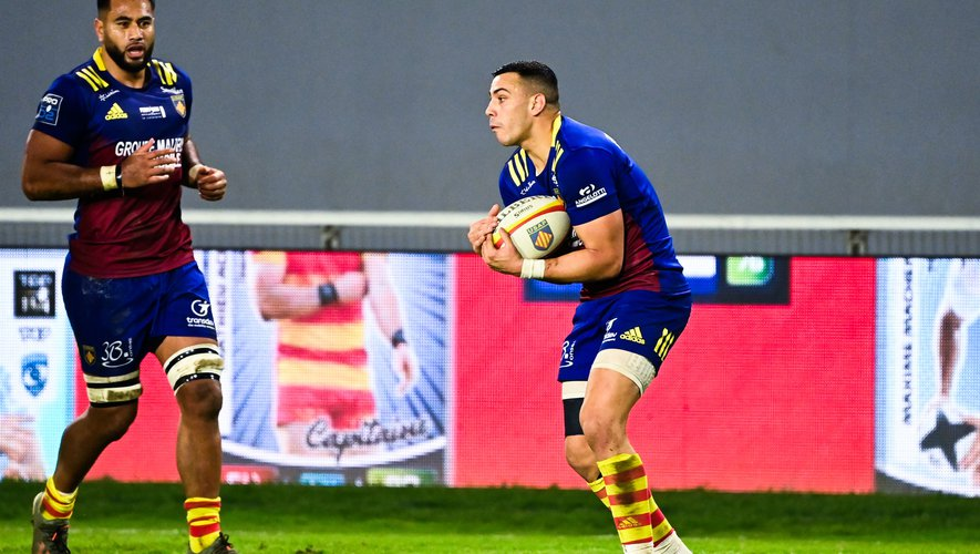 Julien FARNOUX of Perpignan  during the Pro D2 match between US Arlequins Perpignanais and US Oyonnax at Aime Giral Stadium on December 18, 2020 in Perpignan, France. (Photo by Alexandre Dimou/Icon Sport) - Julien FARNOUX - Stade Aime Giral - Perpignan (France)