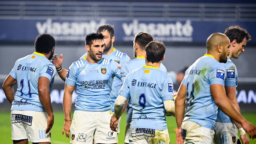 Team of Perpignan celebrates one try  during the Pro D2 match between Perpignan and Colomiers on January 21, 2021 in Perpignan, France. (Photo by Alexandre Dimou/Icon Sport) - --- - Stade Aime Giral - Perpignan (France)