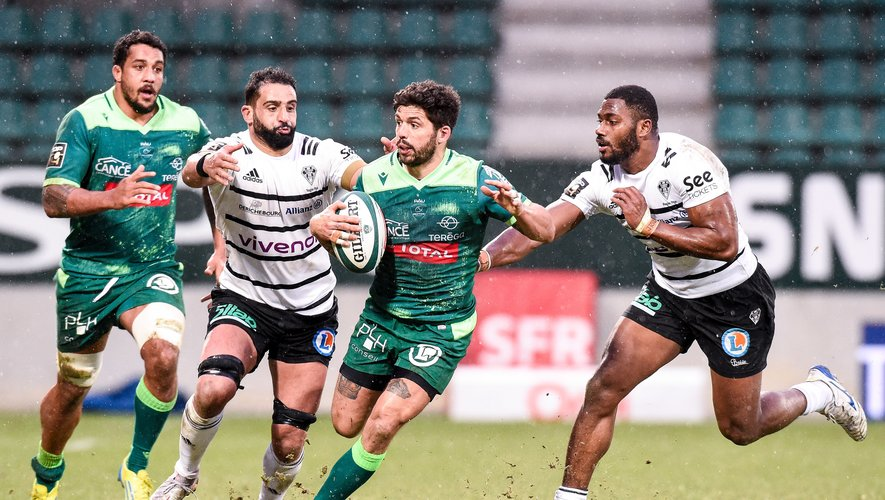Julien FUMAT of Section Paloise during the Top 14 match between Pau and Brive on January 24, 2021 in Pau, France. (Photo by Hugo Pfeiffer/Icon Sport) - Pau (France)