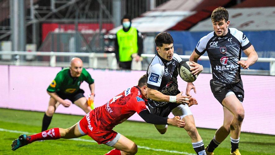 Après leur victoire à domicile face à Oyonnax, les Rouennais de Paul Surano veulent confirmer face à Nevers pour se donner un peu d'air. Photo Icon Sport