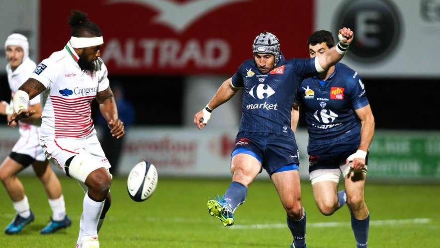 Florian Nicot of Colomiers  during the Pro D2 match between Colomiers and Biarritz Olympique on April 20, 2017 in Colomiers, France. (Photo by Manuel Blondeau/Icon Sport )