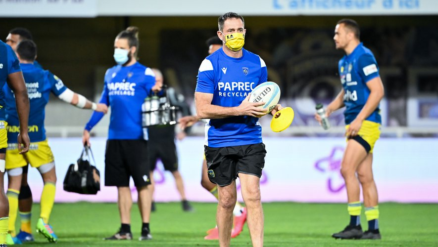 Franck AZEMA head coach of Clermont  during the Top 14 match between Montpellier and Clermont on March 5, 2021 in Montpellier, France. (Photo by Alexandre Dimou/Icon Sport) - Franck AZEMA - Altrad Stadium - Montpellier (France)
