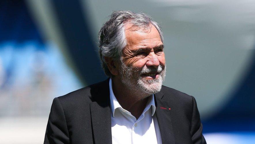 René Bouscatelet son comité directeur n'ont pas retenu l'idée de certain clubs de passer à une élite à quinze clubs et une deuxième division à 17 entités.
