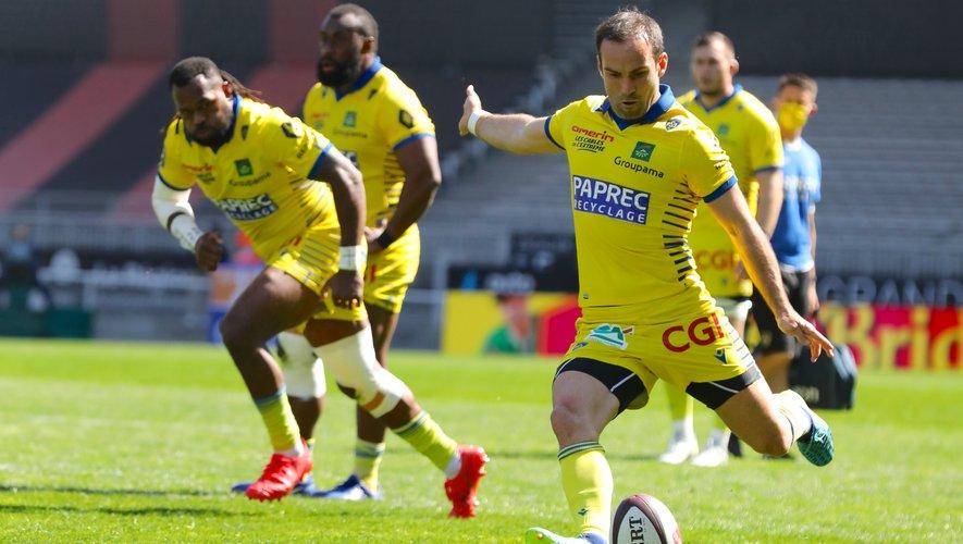 Auteur d'une excellente entrée en jeu après la pause, Morgan Parra n'a pourtant pas suffit pour renverser le jeu et s'imposer à Lyon.