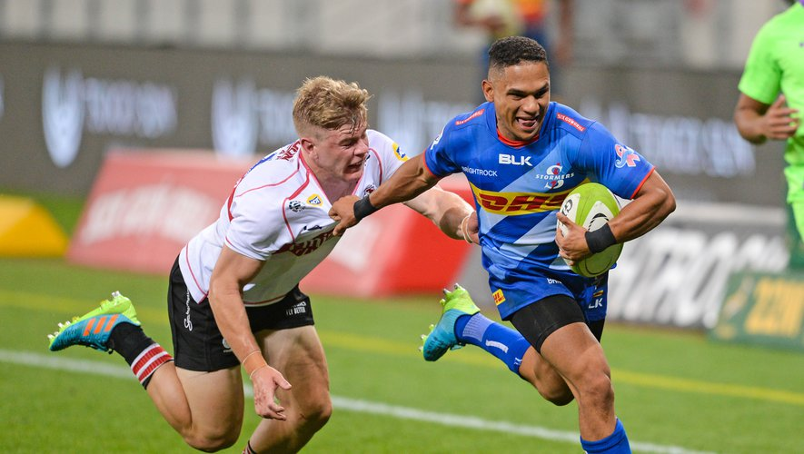 Herschel Jantjies of the Stormers hands off Morne van den Berg of the Lions during the 2021 Preparation Series game between the Stormers and the Lions at Cape Town Stadium on 27 March 2021 ©Ryan Wilkisky Sports Inc   Photo by Icon Sport - Herschel JANTJIES - Morne van den BERG - Cape Town Stadium - Le Cap (Afrique du Sud)
