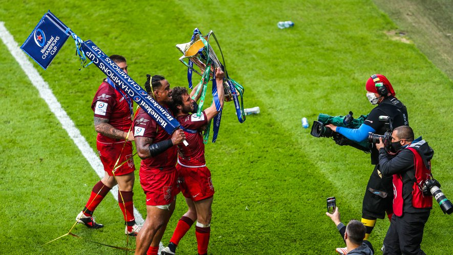 Toulouse's Josefa Tekori and Maxime Medard celebrate after the final whistle during the Heineken Champions Cup final match at Twickenham Stadium, London. Picture date: Saturday May 22, 2021.  Photo by Icon Sport - Twickenham - Londres (Angleterre)