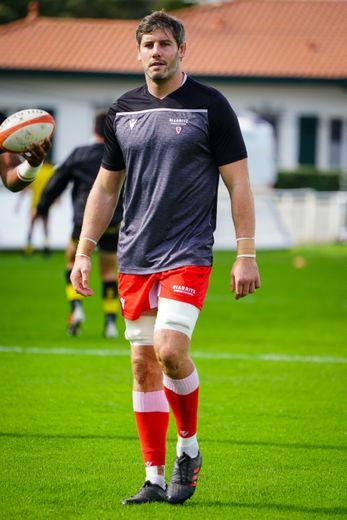La présence de Dave O'Callaghan rassure l'alignement biarrot. Photo Icon Sport