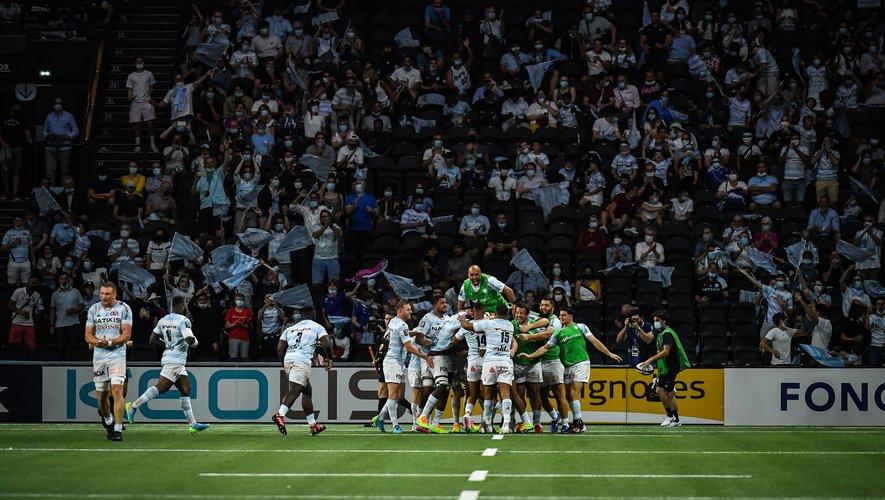 Les Racingmen ont régalé le public Ciel et Blanc.