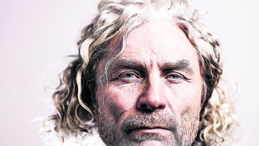L'ancien capitaine du XV de France Jean-François Tordo se confie sur sa terrible blessure au visage.