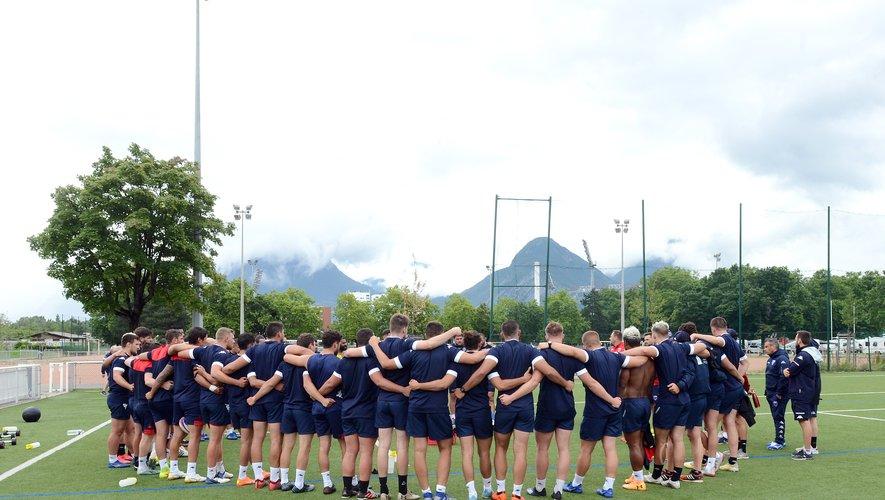 Le FC Grenoble a connu des changements dans son groupe et dans son staff mais ne renonce pas à son objectif de remonter dans l'élite.