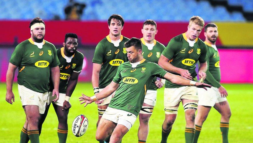 Les « Français » des Springboks Handré Pollard (à gauche), Cheslin Kolbe (en haut) et Eben Etzebeth (en bas) se retrouvent pour la première fois depuis la finale de la Coupe du monde 2019 dans une équipe d'Afrique du Sud au complet pour défier les Lions britanniques et irlandais.