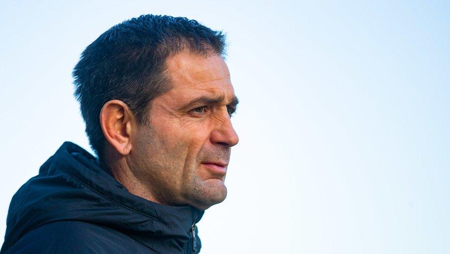 Franck Azéma, manager de Clermont, serait finalement de retour à la reprise lundi, malgré le conflit avec son club.