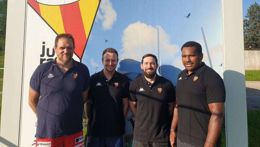 Mojee Ratuvou (à droite) intègre le staff lédonien aux côtés de Fabien Bajon, Victor Bussot et François Humblot (de gauche à droite).